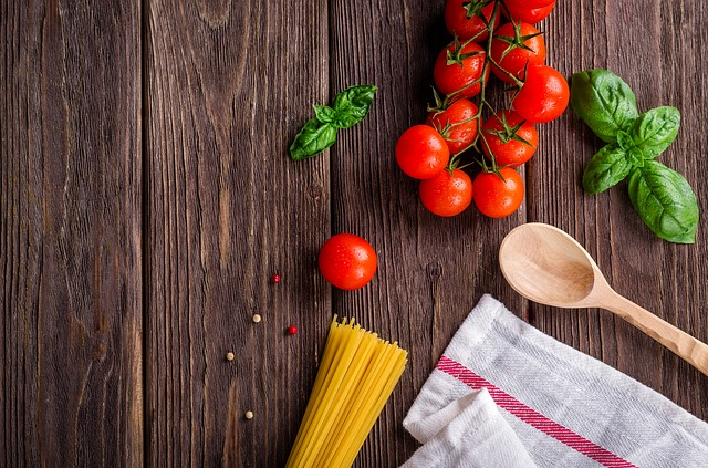 Gemüse und Nudeln